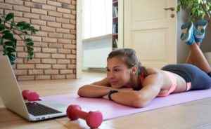 watching online fitness plans